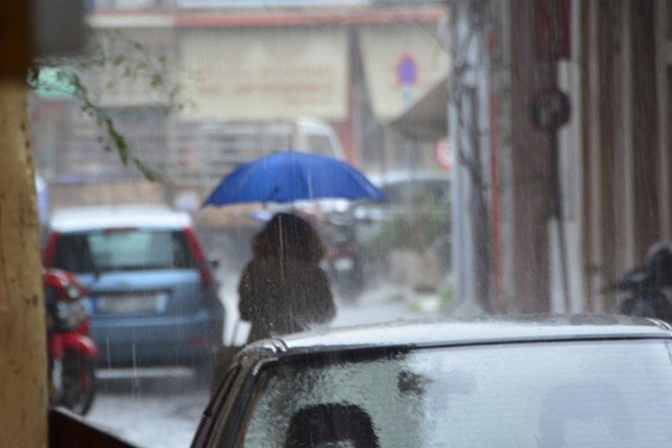 Διαδοχικά κύματα βροχοπτώσεων έως την Πέμπτη