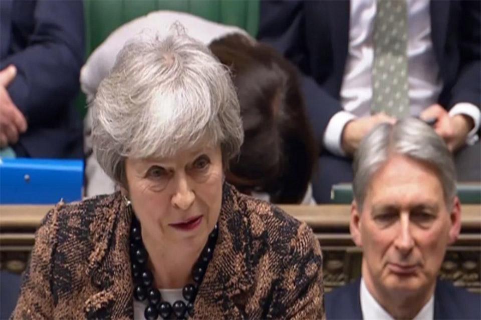 Επικρίσεις για το «σχέδιο B» για το Brexit δέχθηκε η Τερέζα Μέι