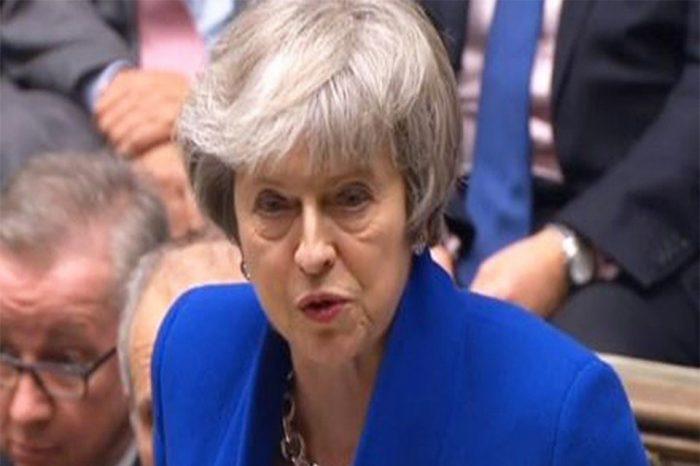 Η Τ. Μέι επιβίωσε της πρότασης μομφής - Αναζητεί τώρα τη συναίνεση για το Brexit