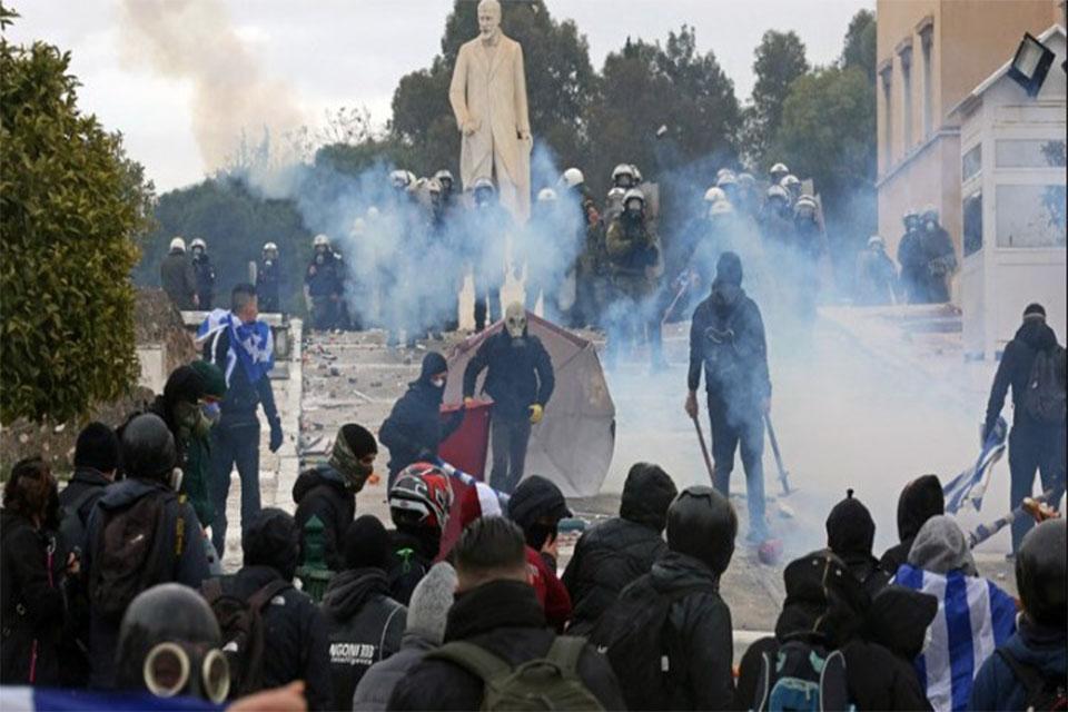 Πώς είδε ο ξένος Τύπος το συλλαλητήριο και τα επεισόδια στην Αθήνα