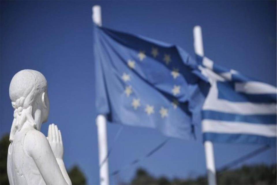 Στα €335 δισ. αυξήθηκε το χρέος της Ελλάδας!