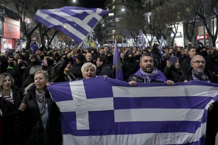 Οι «Πτολεμαίοι Μακεδόνες» στρέφουν ακόντια στο BBC: Αποζημιώστε μας για το προσβλητικό κείμενο