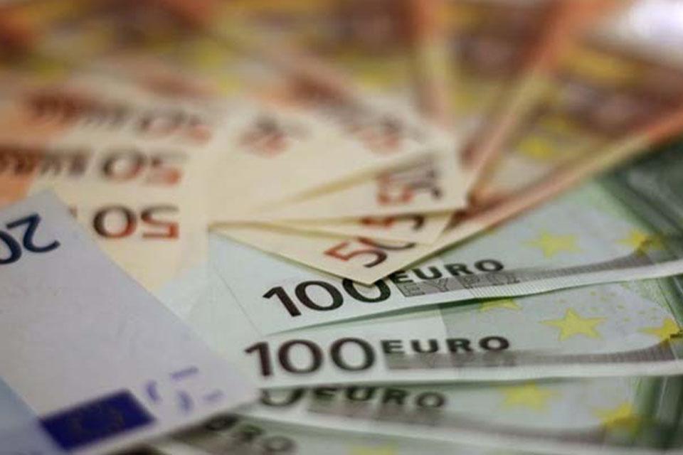Η Ευρώπη τερματίζει τη λιτότητα-1