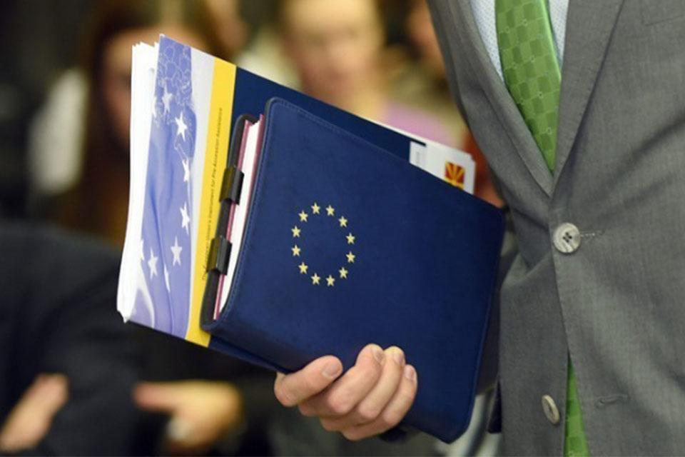 Στη δημοσιότητα σήμερα από την ΕΕ η δεύτερη έκθεση για την Ελλάδα-1