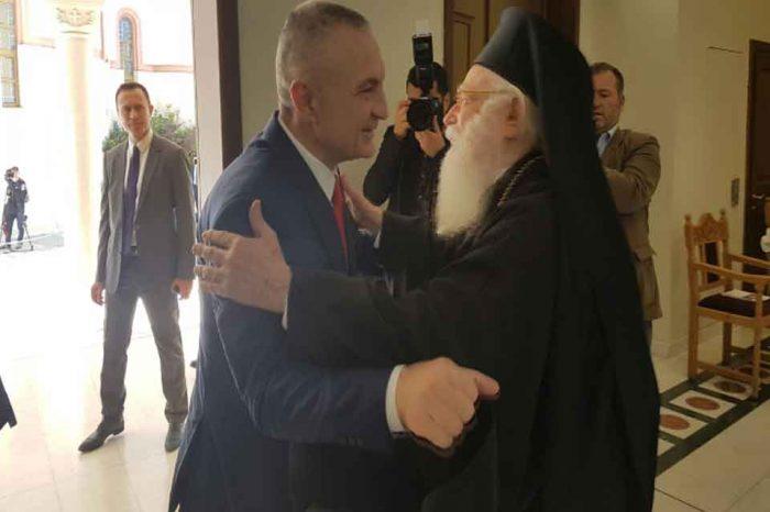 Ο Πρόεδρος της Αλβανίας Ιλίρ Μέτα παρέστη, στην πασχαλινή δεξίωση που παρέθεσε σήμερα ο αρχιεπίσκοπος