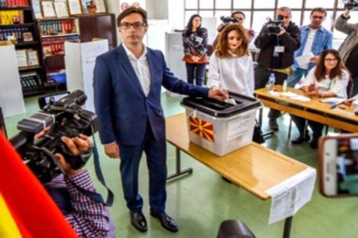 Ο νέος (ή η νέα) πρόεδρος  θα εκλεγεί στον δεύτερο γύρο, την 5η Μαΐου,