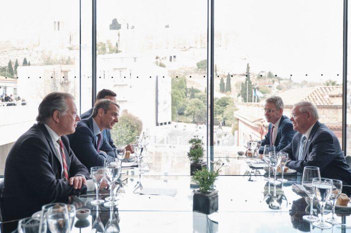 Ο Κυριάκος Μητσοτάκης συναντήθηκε με τον Γερουσιαστή Μπομπ Μενέντεζ