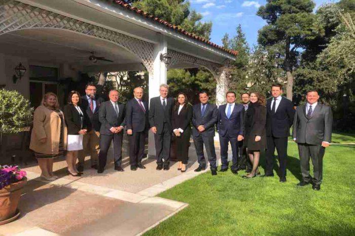 Συνάντηση στελεχών της Νέας Δημοκρατίας με τον Αμερικανό Πρέσβη