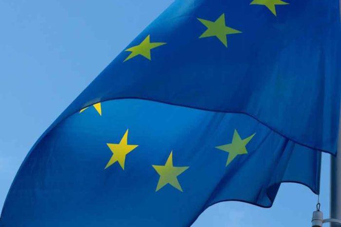 Θα συζητήσουμε την Ελλάδα στη βάση της έκθεσης της Επιτροπής, δήλωσε ο πρόεδρος του Eurogroup, Μάριο Σεντένο