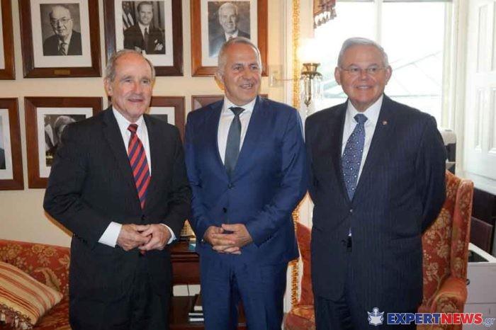 Ο Υπουργός Εθνικής Άμυνας συναντήθηκε, με τα μέλη της Ομοσπονδιακής Βουλής των Αντιπροσώπων