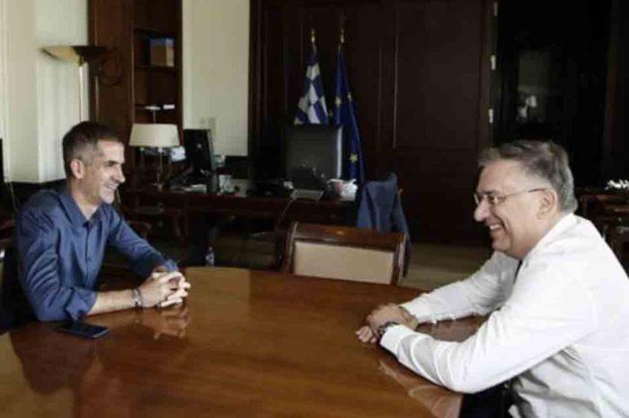 Με τον Δήμαρχο Αθηναίων η πρώτη συνάντηση του υπουργού Εσωτερικών
