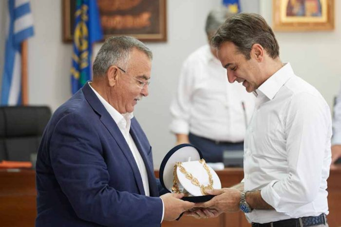 Η πρώτη προτεραιότητα της κυβέρνησης η έμπρακτη στήριξη της νησιωτικής χώρας