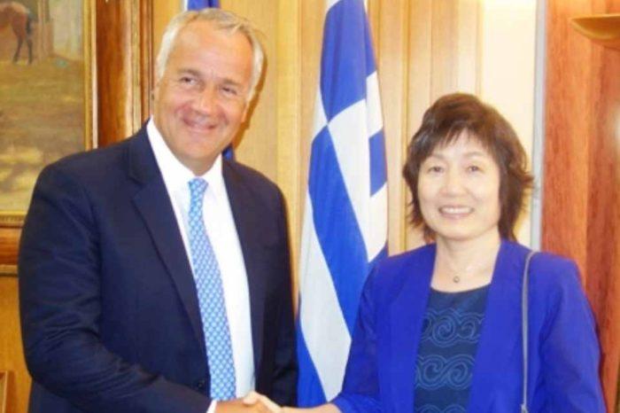 Συνάντηση  ΥπΑΑΤ, Μακη Βορίδη με την πρέσβειρα της Κίνας, Zhang Qiyue: