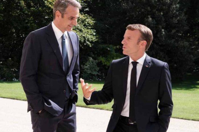 Ο πρωθυπουργός από το Παρίσι στο Μάτι