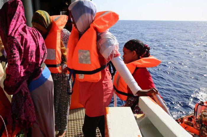 Σύσκεψη για το προσφυγικό και μεταναστευτικό στο υπουργείο άμυνας