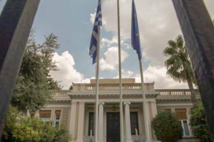 Ο Τσίπρας στον μαγικό κόσμο κόσμο των Syrizonomics
