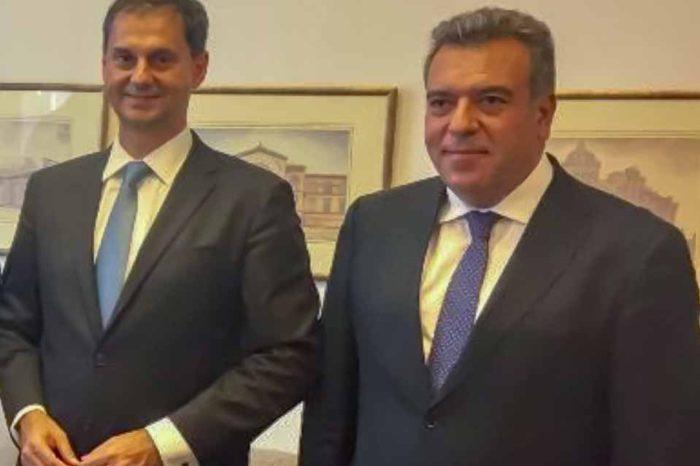 Την Ρόδο θα επισκεφθούν σήμερα ο Χάρης Θεοχαρης και ο Μάνος Κονσόλας