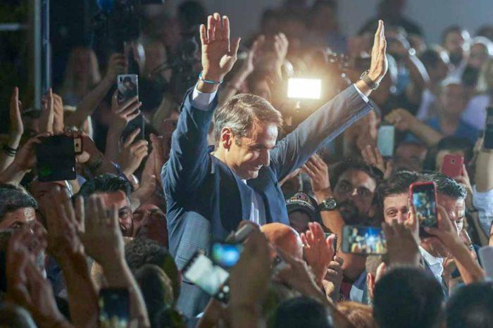Οι πολίτες αξιολογούν θετικά τον πρωθυπουργό και την κυβέρνηση του