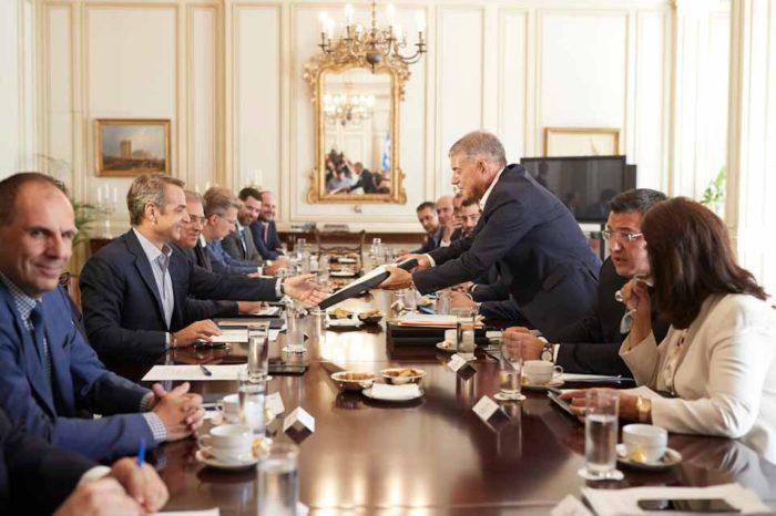 Περιφερειακή ανάπτυξη και κοινωνική συνοχή στην ατζέντα της σύσκεψης του Πρωθυπουργού με τους Περιφερειάρχες