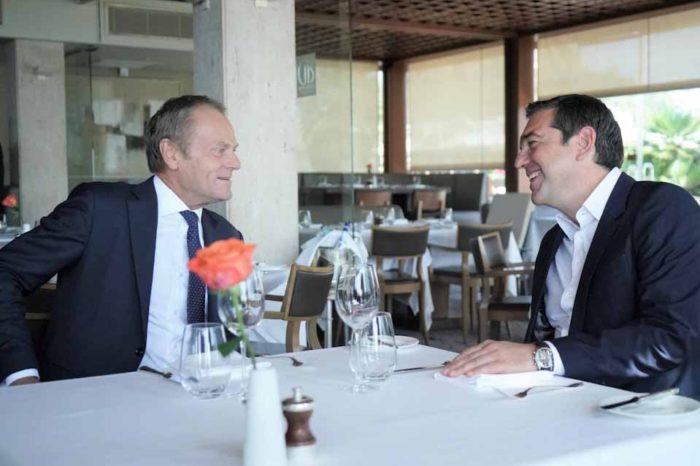Γεύμα με τον πρόεδρο του Ευρωπαϊκού Συμβουλίου, Ντόναλντ Τουσκ, είχε ο πρόεδρος του ΣΥΡΙΖΑ, Αλέξης Τσίπρας