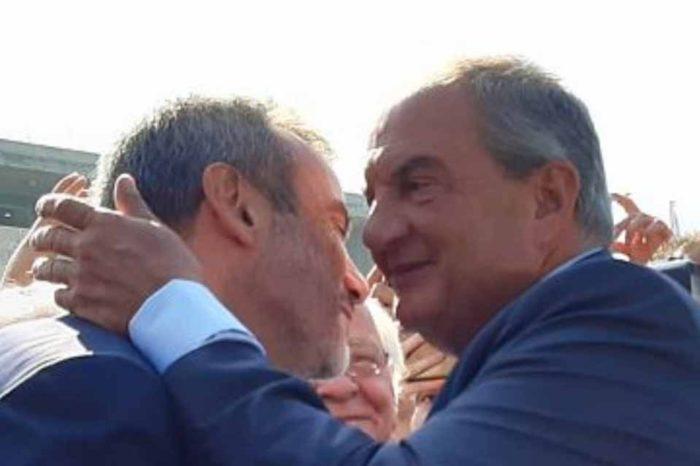 Τον δήμαρχο Θεσσαλονίκης, Κωνσταντίνο Ζέρβα, επισκέφθηκε ο πρώην πρωθυπουργός, Κώστας Καραμανλής