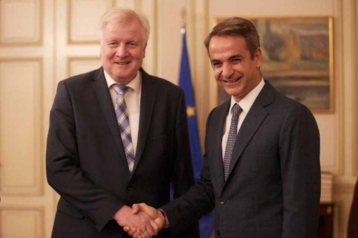 Συνάντηση του Πρωθυπουργού Κυριάκου Μητσοτάκη με τον Υπουργό Εσωτερικών της Γερμανίας για το μεταναστευτικό – προσφυγικό