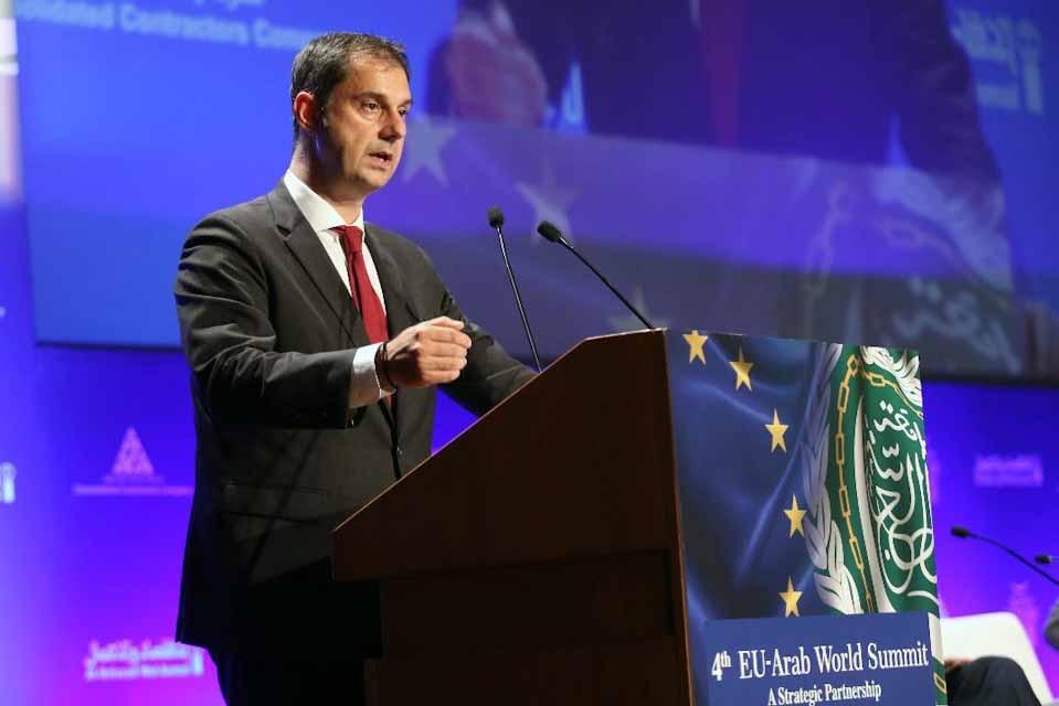 Χάρης Θεοχάρης : Πρόσκληση προς τον Αραβικό κόσμο να επισκεφθεί τη χώρα αλλά και να επενδύσει