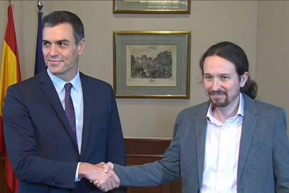 Ο Πέδρο Σάντσεθ και ο Πάμπλο  Ιγκλέσιας,  συμφώνησαν στον  σχηματισμό κυβέρνησης συνασπισμού