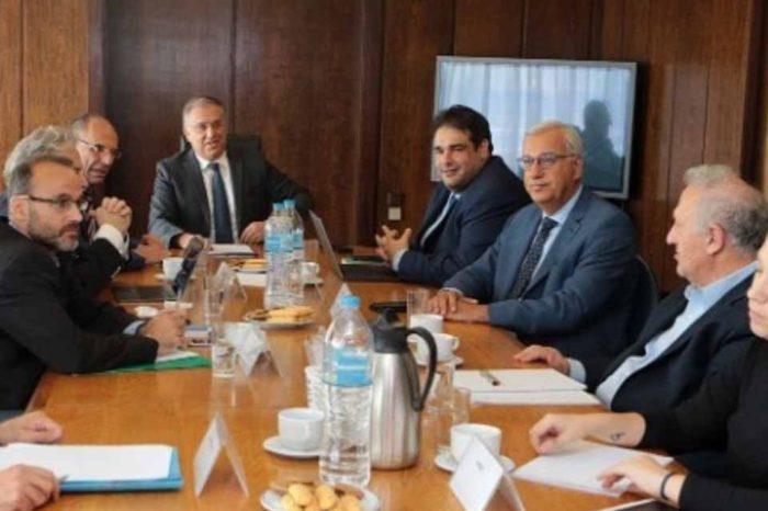 Στα κόμματα απεστάλη, το σχέδιο νόμου και η αιτιολογική έκθεση για την ψήφο των Ελλήνων εκτός Επικράτειας