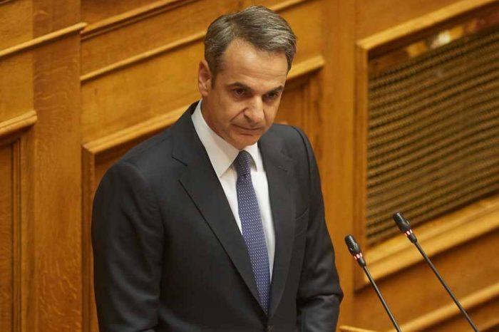 Βουλή : Ο Κυριάκος Μητσοτάκης , στην ώρα  του Πρωθυπουργού