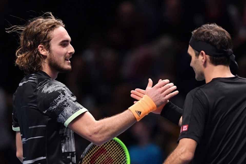 Στον τελικό του ATP Finals ο  Στέφανος Τσιτσιπάς - Κέρδισε τον «βασιλιά» Φέντερερ