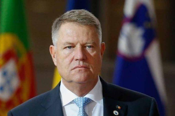Ο κεντροδεξιός Κλάους Γιοχάνις νικητής για προεδρία της Ρουμανίας