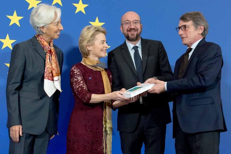 Η Ούρσουλα φον ντερ Λάιεν στο τιμόνι της  Ευρωπαϊκής Επιτροπής