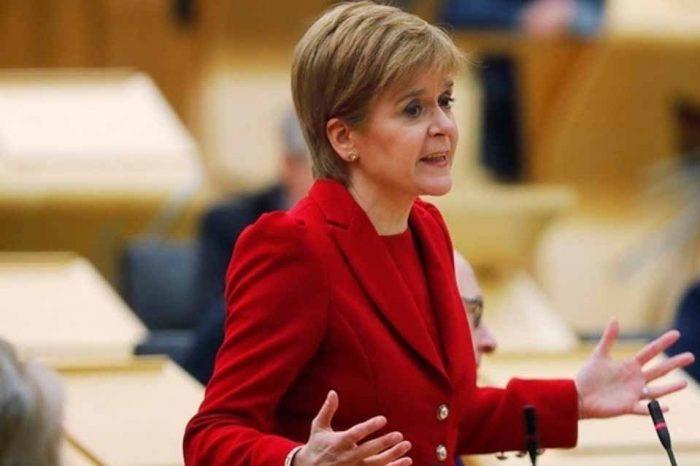 Νίκολα Στέρτζον: Υπέρ της ανεξαρτησίας και κατά του Brexit