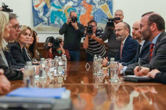 Μάνφρεντ  Βέμπερ: Μήνυμα στήριξης της ευρωπαϊκής προοπτικής της Σερβίας