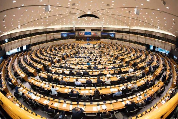 Brexit: Το Ευρωπαϊκό Κοινοβούλιο επικύρωσε σήμερα με ευρεία πλειοψηφία