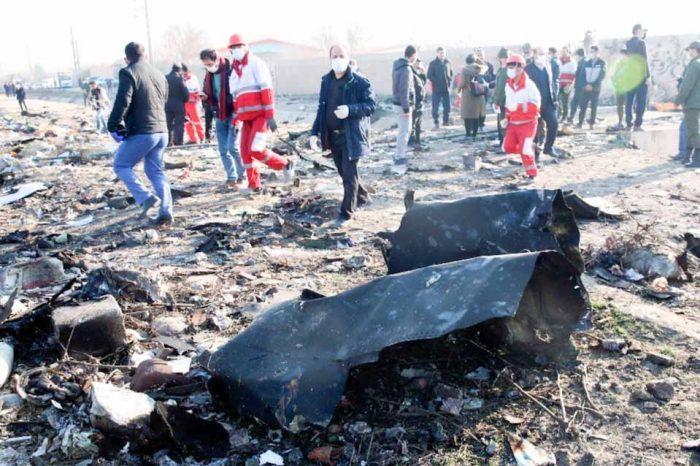 Τουλάχιστον 170 άνθρωποι έχασαν τη ζωή τους στη συντριβή αεροσκάφους