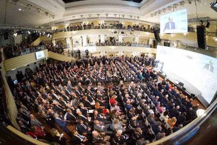 Ο Νίκος Παναγιωτόπουλος, στο Μόναχο, στίς εργασίες της 56ης διάσκεψης Ασφαλείας