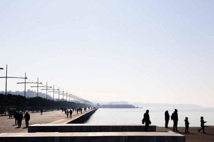 Με γνώμονα την προστασία της δημόσιας υγείας,  κλείνει η νεα παραλία