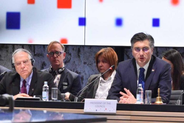 Ζοζέπ Μπορέλ: Η  Τουρκία να σταματήσει να προωθεί μετανάστες στα εξωτερικά σύνορα της Ευρώπης