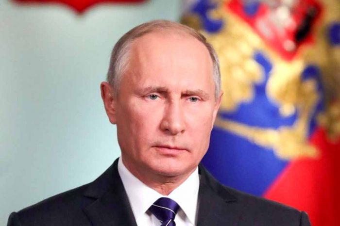 Ο Βλαντίμιρ Πούτιν απέστειλε συγχαρητήρια τηλεγραφήματα στην Πρόεδρο της Ελληνικής Δημοκρατίας