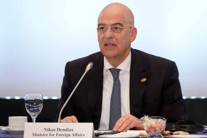 """Νίκος Δένδιας: """"Η """"διπλωματία του εκβιασμού"""" που ασκεί η Τουρκία στο θέμα των προσφύγων πρέπει να λάβει τέλος"""