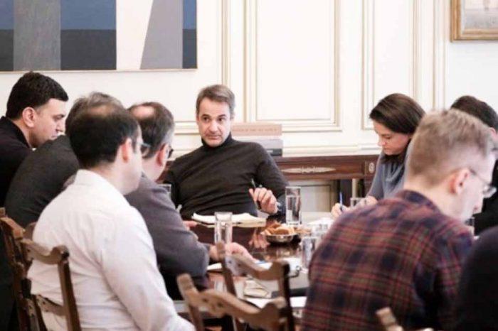 Ολοκληρώθηκε η σύσκεψη για τον κοροναϊό και την προστασία της δημόσιας υγείας