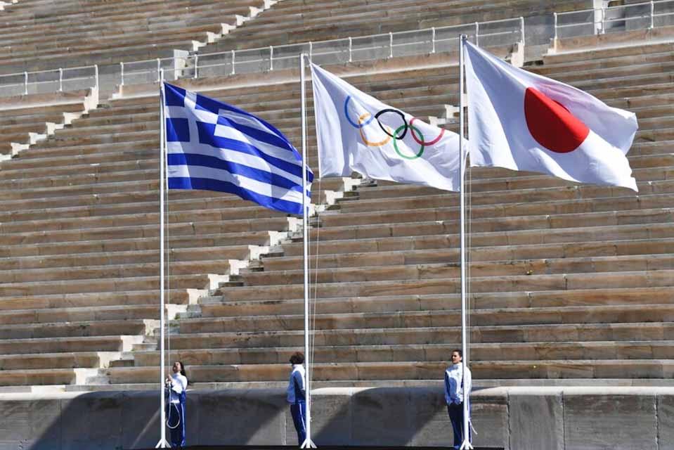 Η Ολυμπιακή φλόγα έφθασε στη βάση Ματσουσίμα
