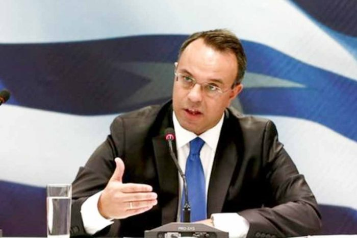 Χρήστος Σταικούρας: Στα 15 δισ. ευρώ το πακέτο βοήθειας προς εργαζόμενους και επιχειρήσεις