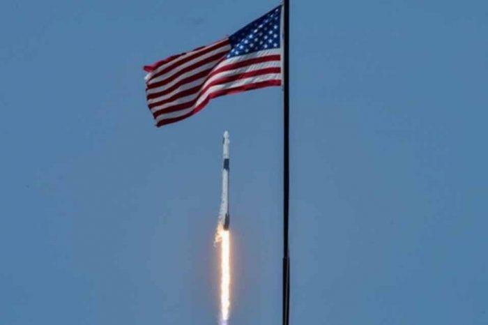 SpaceΧ: Εκτοξεύθηκε η επανδρωμένη αποστολή προς τον Διεθνή Διαστημικό Σταθμό