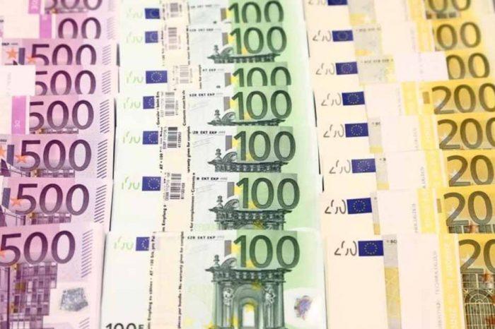 Η αύξηση των καταθέσεων, περιορίζει τις πιέσεις στην κερδοφορία των ελληνικών τραπεζών