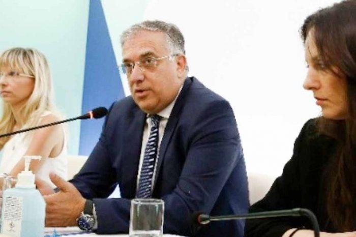 Τάκης Θεοδωρικάκος: Στρατηγική επιλογή μας η αποκομματικοποίηση του κράτους