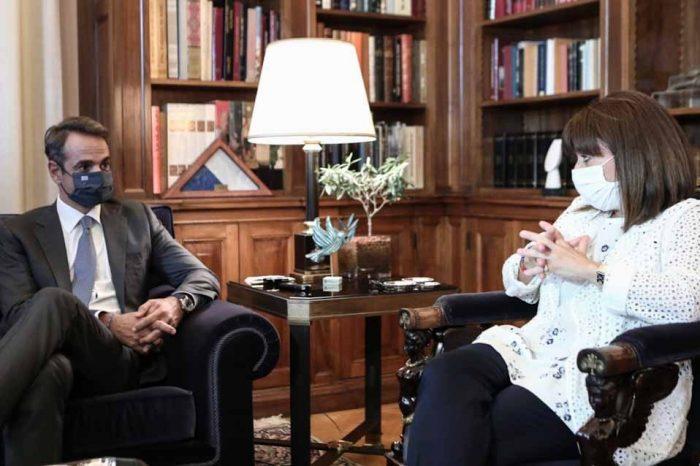 Συνάντηση της ΠτΔ, με τον Πρωθυπουργό Κυριάκο Μητσοτάκη
