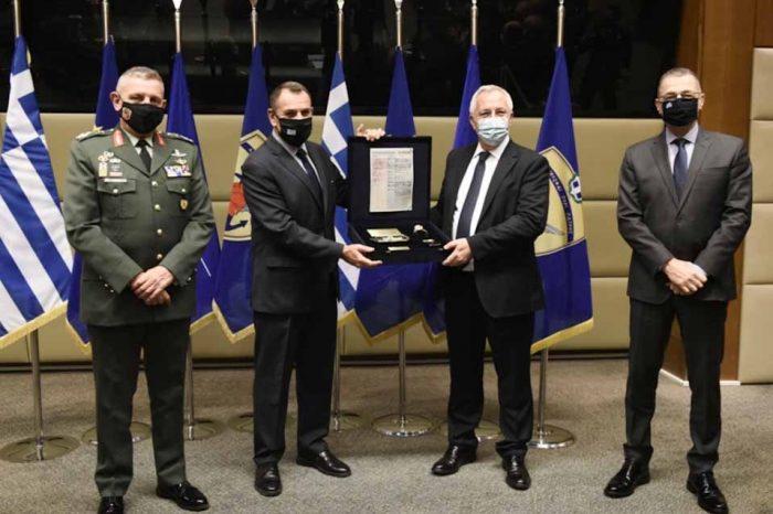 Δωρεά 500.000 ευρώ της COSMOTE για τις ανάγκες των Ενόπλων Δυνάμεων